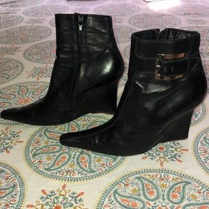 VINTAGE VERSACE BLACK POINTY WEDGE ANKLE BOOTIES-8